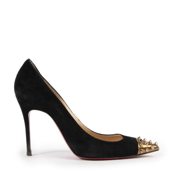 Christian Louboutin Geo Stud Pumps for the best price at Labellov secondhand luxury