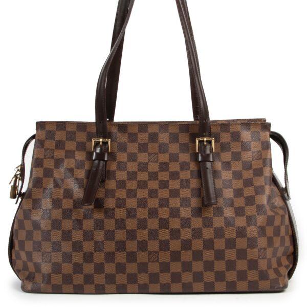 Achetez un authentique Chelsea sac Louis Vuitton d'occasion au juste prix.