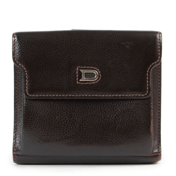 Shop safe online 100% authentic second hand Delvaux Brown Wallet at Labellov in Antwerp.