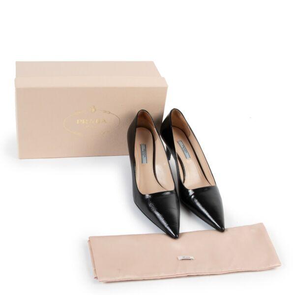 Prada Black Shiny Saffiano  Patent Leather Pumps - Size 39,5