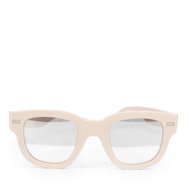Koop tweedehands zonnebrillen designer merken bij LabelLOV Antwerpen webshop