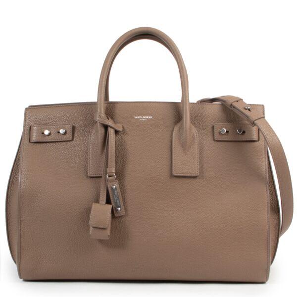 Saint Laurent Taupe Sac de Jour top handle bag for the best price at Labellov secondhand luxury in Antwerp pour le meilleur prix