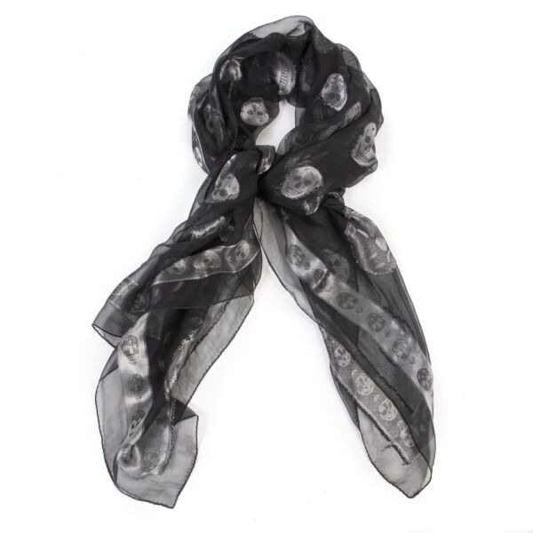 Alexander McQueen Black And Silver Skull Scarf for the best price at Labellov