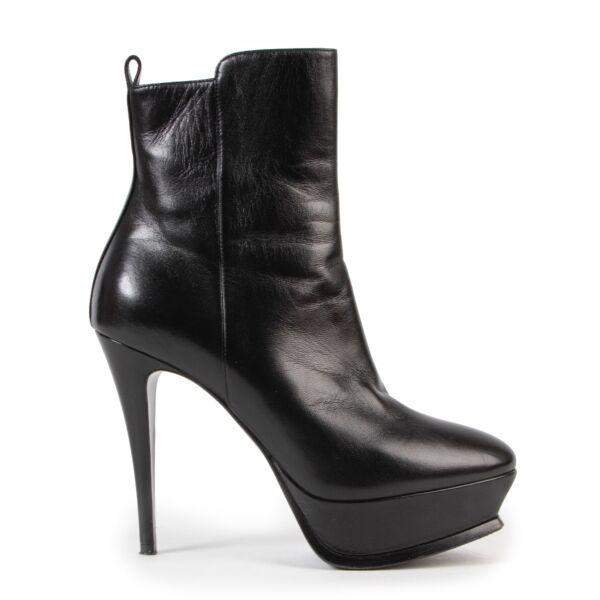 Shop safe online authentic second hand Saint Laurent Black Boots - Size 37,5 at Labellov.com.