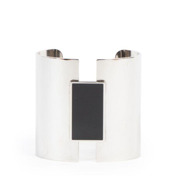 Koop authentieke tweedehands Hermès armbanden met juiste prijs bij LabelLOV.