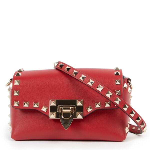Valentino Garavani Red Rockstud Crossbody Bag for the best price at Labellov secondhand luxury in Antwerp
