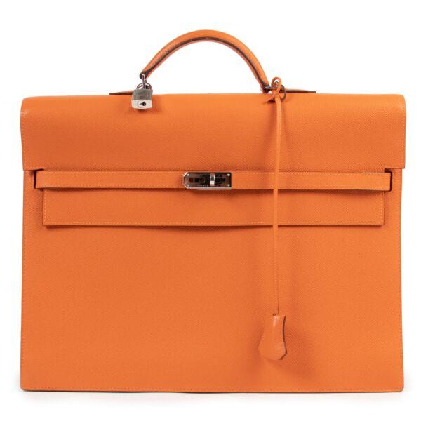 Hermès Kelly Sac a Depeches 38 Orange PHW aan de beste prijs bij Labellov