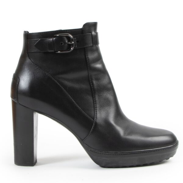 Tod's Black Heeled Ankle Boots for the best price at Labellov secondhand luxury