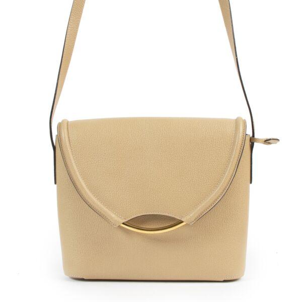 Delvaux Beige Eclair Crossbody Bag aan de beste prijs bij Labellov tweedehands luxe