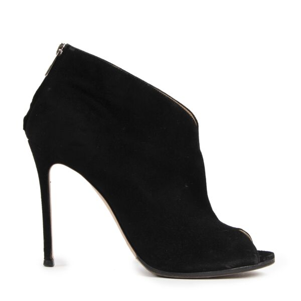 Authentic secondhand Gianvito Rossi Black Suède Pumps - size 40 designer shoes fashion luxury vintage webshop safe secure online shopping