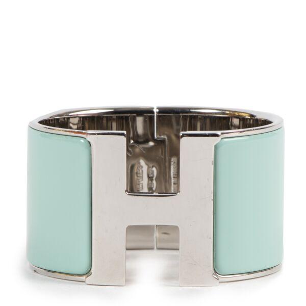 Authentieke Tweedehands Hermès Turquois Enamel Clic Clac H Wide Bracelet PHW juiste prijs veilig online shoppen luxe merken webshop winkelen Antwerpen België mode fashion