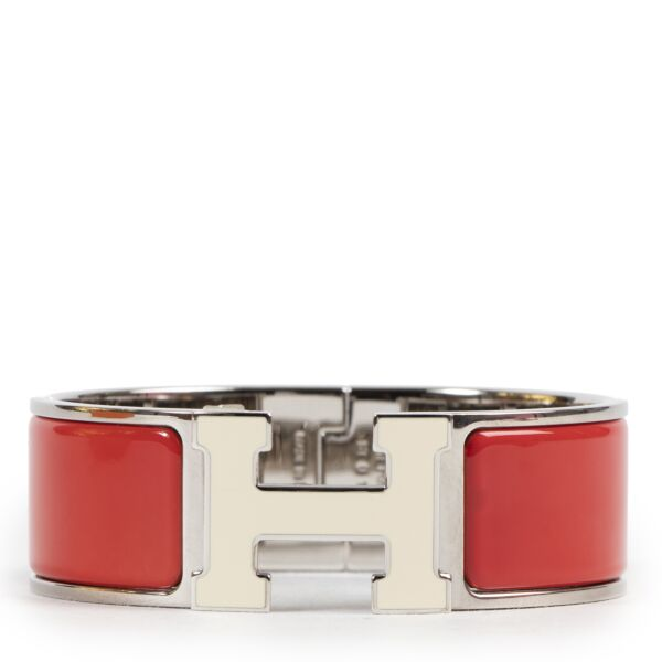 Hermès Clic Clac H Bracelet Red & White PHW for the best price at Labellov secondhand luxury in Antwerp