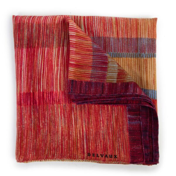 Shop safe online at Labellov in Antwerp this 100% authentic second hand Delvaux Multicolor Striped Scarf