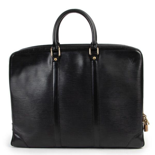 Shop safe online 100% authentic second hand Louis Vuitton Black Epi Leather Porte Documents Top Handle at labellov in Antwerp.