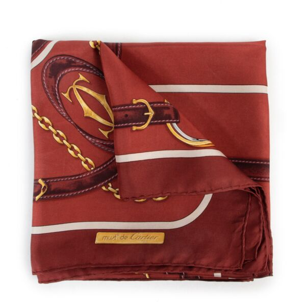 Shop safe online an 100% authentic second hand Must De Cartier BurgundyScarf in good preloved condition at Labellov in Antwerp.
