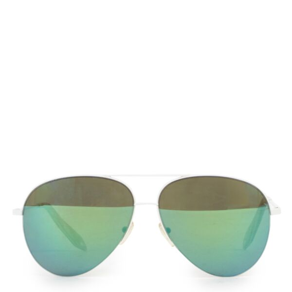 Shop safe online 100% authentic second hand Victoria Beckham Multicolor Glasses in very good condition at the right price at labellov in Antwerp.