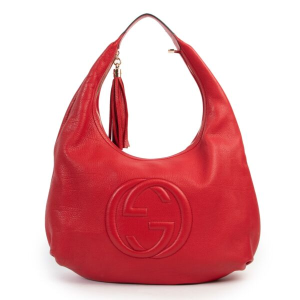 Shop safe online 100% authentic second hand Gucci Red Soho Hobo Large Leather Shoulder Bag in very good condition at Labellov in Antwerp.
