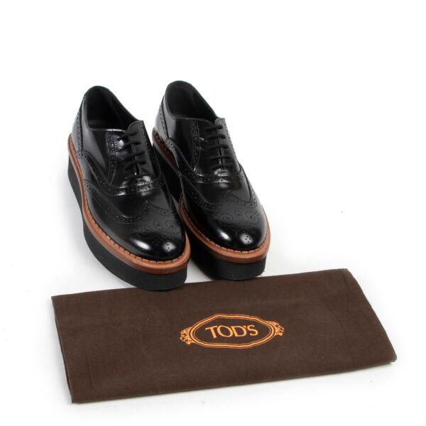 Tod's Leather Black Brogues - size 38,5