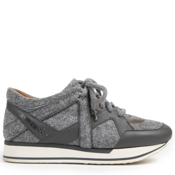 Authentieke tweedehands Jimmy Choo sneakers juiste prijs veilig online winkelen LabelLOV webshop luxe merken winkelen Antwerpen België mode fashion