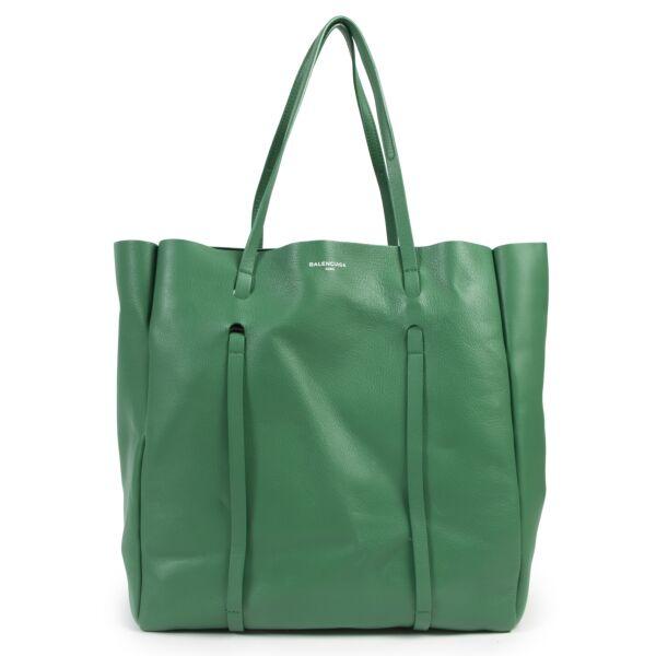 shop safe online Balenciaga Green Medium Everyday Calfskin Tote.