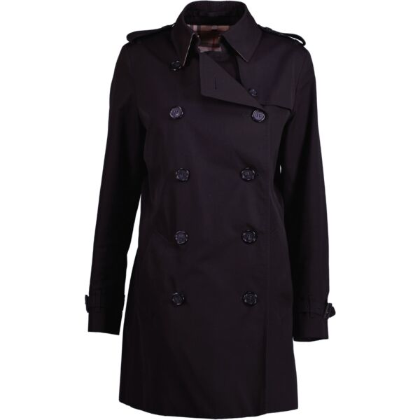 Buy an authentic second hand black Burberry trench coat at Labellov