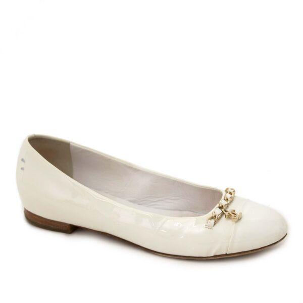 Buy authentic Chanel ballerinas at labellov vintage webshop belgium