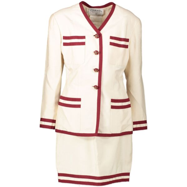 Chanel Boutique Cream And Red Silk Suit - Size 42 for the best price at Labellov secondhand luxury in Antwerp