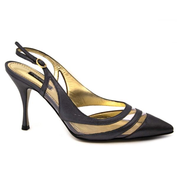 Shop safe online at Labellov in Antwerp this 100% authentic second hand Dolce & Gabbana Grey Leather Slingback Heels - Size 38