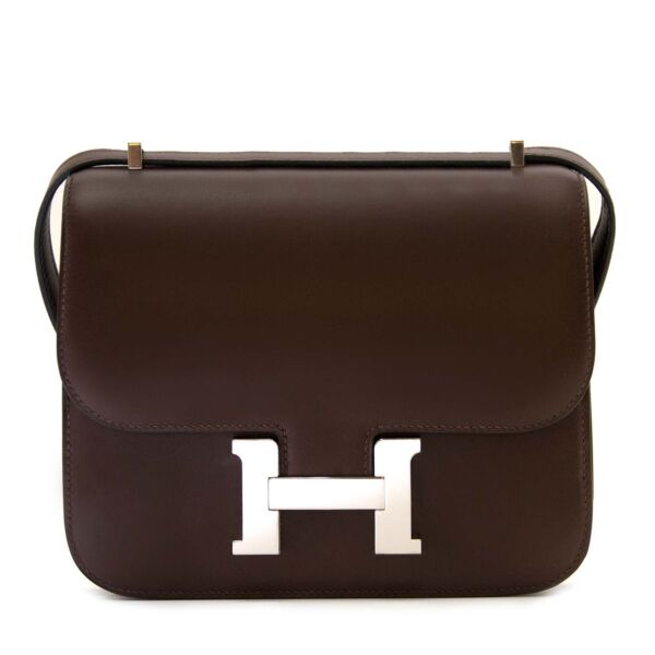 Hermès Constance Mini Butler Moka now online at labellov.com, skip the waitinglist and get yours right now