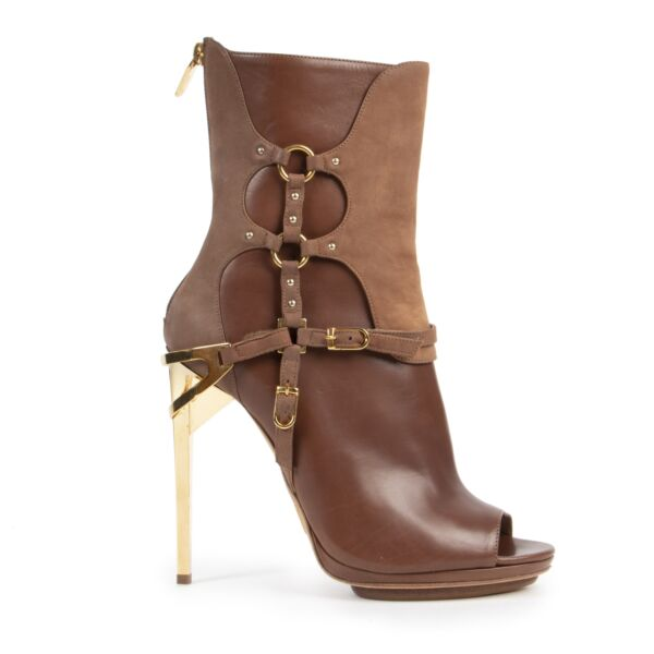 Herve Leger Brown Alyn Day Boots for the best price at Labellov secondhand luxury