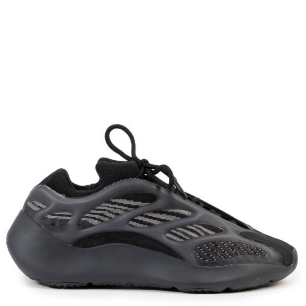 """Adidas Yeezy Boost 700 v3 """"Alvah"""" Black Sneakers pour le meilleur prix chez Labellov à Anvers Belgique"""