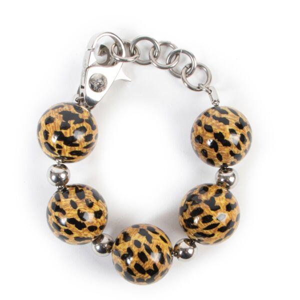 Buy these Dolce & Gabbana Silver Bracelet for a reasonable price at Labellov online or in store. Koop deze Dolce & Gabbana Silver Bracelet voor een redelijke prijs bij Labellov online of in de winkel.