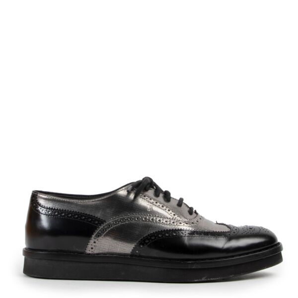 Tods Black Silver Leather Flats - Size 40,5