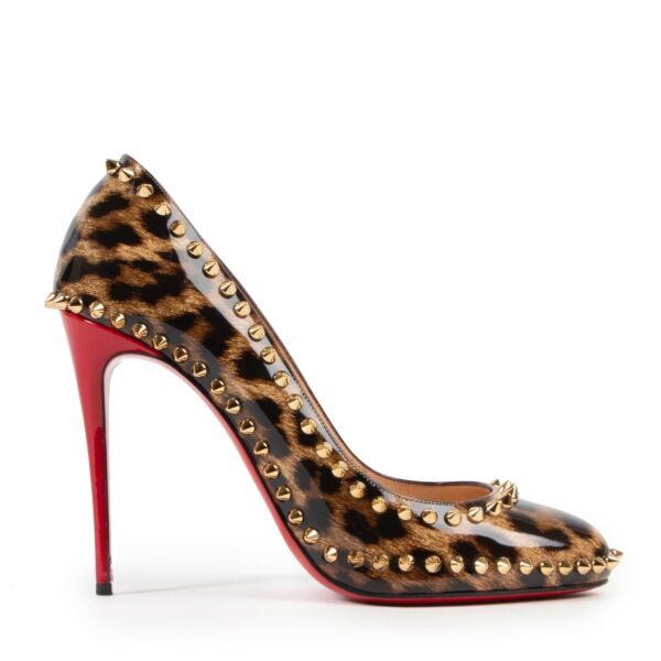 Buy second hand Christian Louboutin Leopard patent leather dorispiky pump in very good condition.