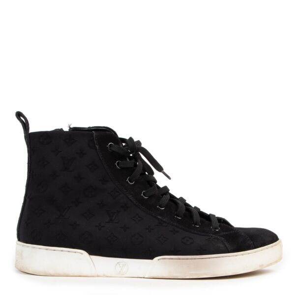 Buy and sell your designer items online or in store at Labellov. Buy these Louis Vuitton Stellar Black Ankle Sneakers at Labellov for a reasonable price online or in store.