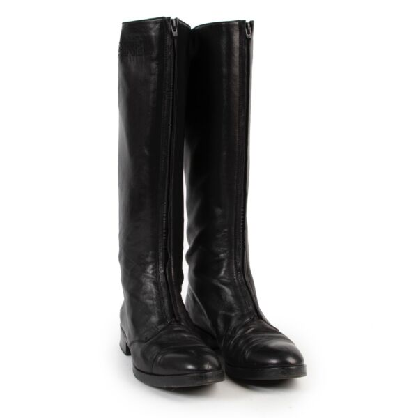 Chanel Black Lambskin Leather Boots - size 38.5