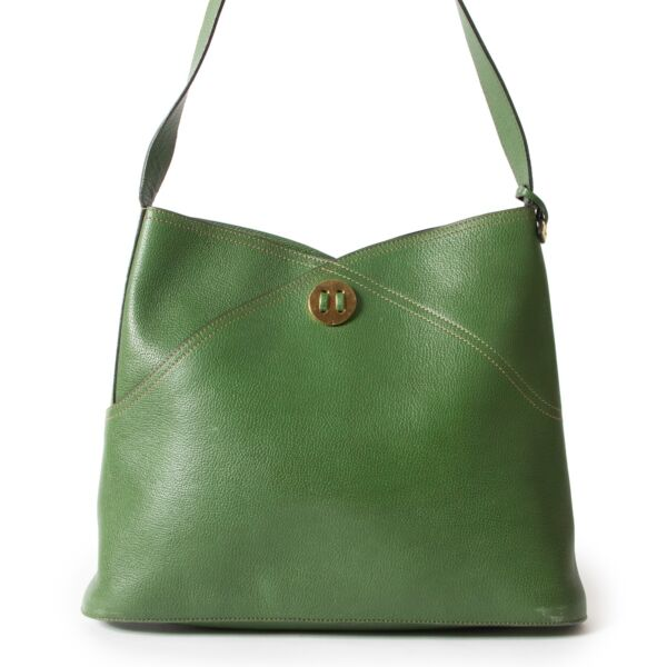 Shop safe online 100% authentic second hand Delvaux Green Shoulder bag at the right price in very good preloved condition at Labellov in Antwerp.