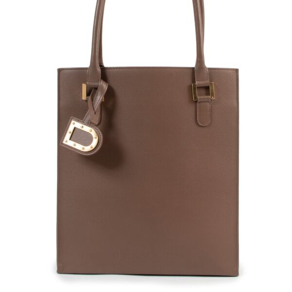 Shop safe online authentic Delvaux Taupe Le Jeff Shoulder Bag at the right price.