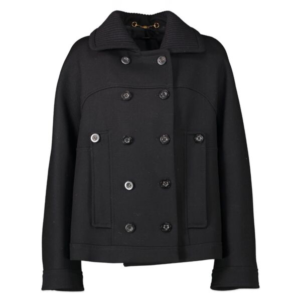 Buy in very good condition a  Gucci Black Jacket