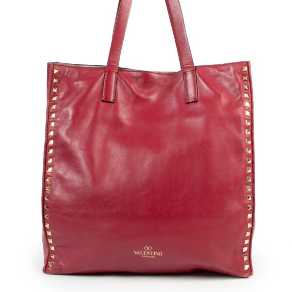Valentino Burgundy Studded Shoulder Bag for the best price at Labellov secondhand luxury