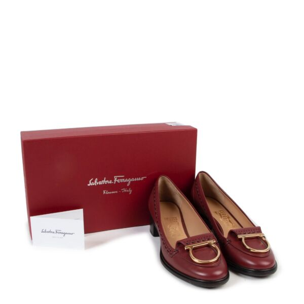 Salvatore Ferragamo Burgundy Loafers - Size FR 39 - IT 40