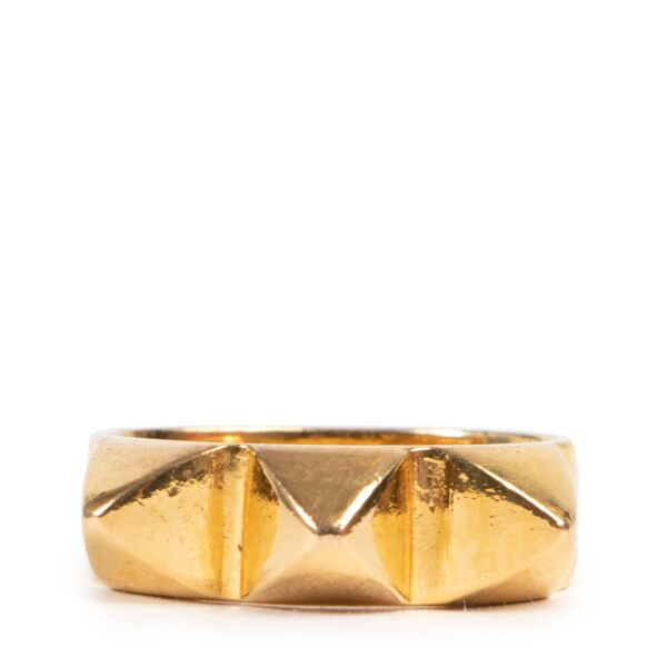 Shop safe online authentic second hand Wouters & Hendrix Gold Studs Ring at the right price at Labellov.Com.