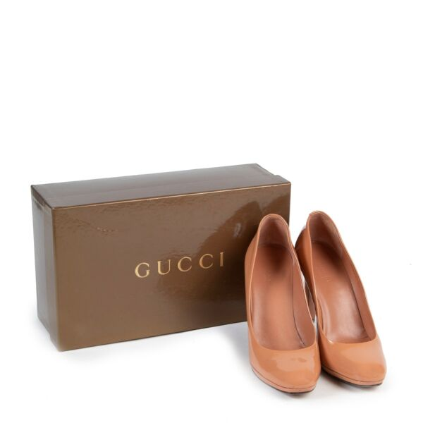 Gucci Nude Patent Leather Pumps - size 38