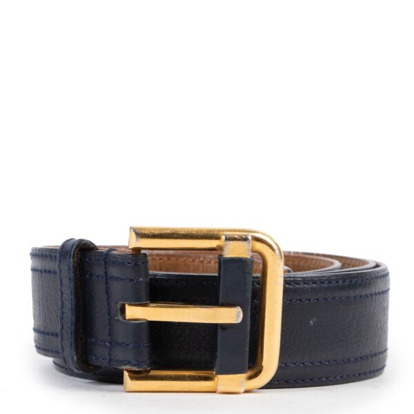 Shop safe online 100% authentic second hand Delvaux Dark Blue Belt - Size 95 in good preloved condition at the right price at Labellov in Antwerp.