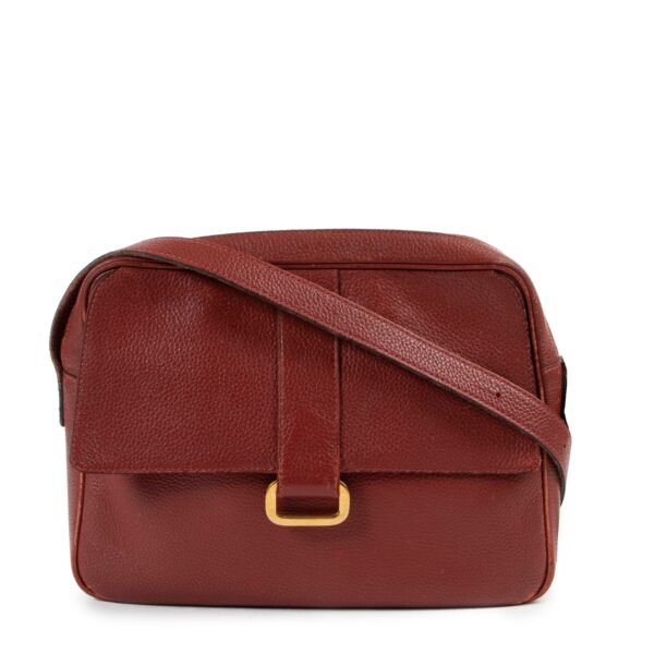 Shop safe online Delvaux Red Complice Crossbody Bag for the best price. shop safe online your secondhand Delvaux Red Complice Crossbody Bag.