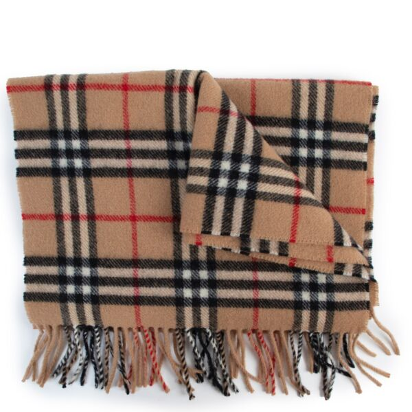 Buy an authentic second hand Burberry check lambswool scarf at Labellov
