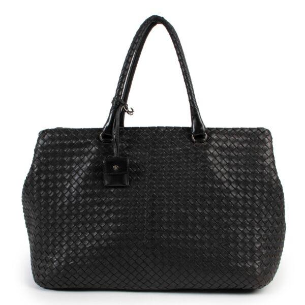 Buy online authentic vintage second hand Bottega Veneta Intrecciato Large Duffle bag at Labellov
