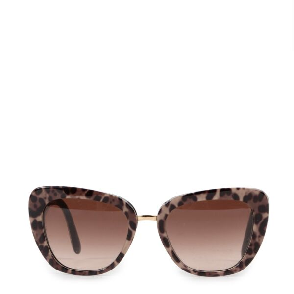 Shop safe online 100% authentic second hand Dolce & Gabbana Leopard Glasses in very good condition at Labellov in Antwerp.