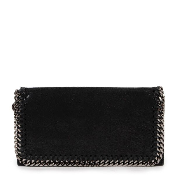 Shop safe online 100% authentic second hand Stella McCartney Black Falabella Continental Wallet in very good condition at the right price at Labellov in Antwerp.