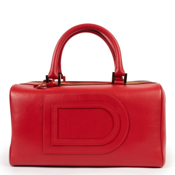 Vintage Delvaux Red Louise Boston handle in good condition on Labellov website for 2nd hand designers